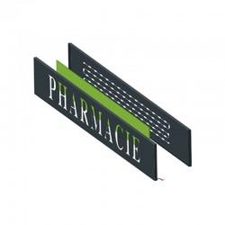 Enseigne pharmacie lumineuse en lettres plexi